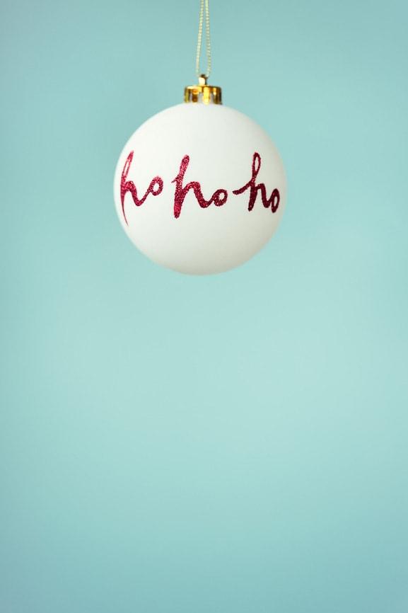 Weihnachtskugel mit Ho Ho Ho